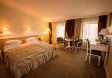 Чеховъ | Ектеринбург | м. Геологическая | Дендрологический парк Улучшенный двухместный номер с 1 кроватью или 2 отдельными кроватями