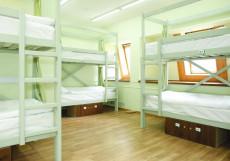 ХотелХот Белорусский вокзал Койко-место в общей мужской спальне на 18 человек