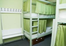 ХотелХот Белорусский вокзал Койко-место в общем женском номере с 14 кроватями