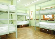 ХотелХот Белорусский вокзал Койко-место в общем номере с 12 кроватями