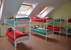 Гостиный дом на Невском Кровать в общем 12-местном номере