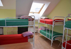 Гостиный дом на Невском Кровать в 8-местном номере для женщин