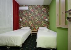 Апельсин на Юго-Западной | м. Юго-Западная Двухместный (2 кровати, общая ванная комната)