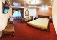 Каштан | Волгоград | Парковка Двухместный номер Делюкс с 1 кроватью