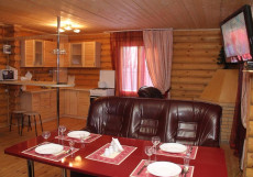Домик в Лесу База отдыха | Свияжск | Казань Вилла на 6 человек (2 спальни)
