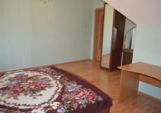 GREEN ROOF - ЗЕЛЁНАЯ КРЫША | Камышин | Общая кухня Делюкс двухместный (1 кровать)