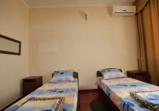КУБАНЬ | Новомихайловский | 1-я линия Стандарт двухместный (1 двуспальная или 2 односпальные кровати)