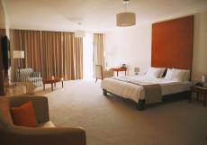 Lopota Lake Resort & Spa | Напареули | Парковка | Бассейн | Полулюкс