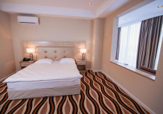 Koktem Grand | Коктем Гранд | Талдыкорган | Бассейн Двухместный номер с 1 кроватью или 2 отдельными кроватями и общей ванной комнатой
