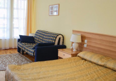 Talisman Village Hotel | Талисман | Бостери | о. Иссык-Куль | Парковка Двухместный номер Делюкс с 1 кроватью или 2 отдельными кроватями, вид на сад