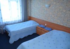 Берег надежды | Рубцовск | р. Алей | Парковка Двухместный номер с 2 отдельными кроватями и душем