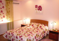 Олимпия (центре Волграграда) Улучшенный двухместный номер с 1 кроватью