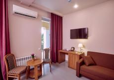 Арт | Хоста | Черное море | парковка Стандартный двухместный номер с 1 кроватью или 2 отдельными кроватями и балконом