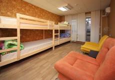 FullHouse | ФулХаус | Горнолыжный курорт Олимпия | Белгород | Wi-Fi Кровать в 8-местном номере для мужчин и женщин
