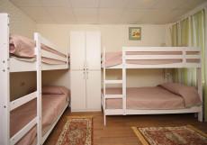 FullHouse | ФулХаус | Горнолыжный курорт Олимпия | Белгород | Wi-Fi Кровать в общем четырехместном номере для женщин
