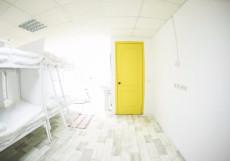 Bed&beer Спальное место в 24-местном общем номере для мужчин и женщин