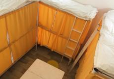 Bed&beer Кровать в 12-местном улучшенном общем номере