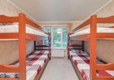 AntHill 2 | м. Выхино | Общая кухня Кровать в общем 8-местном номере для мужчин и женщин