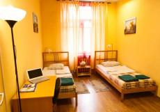 Moscow Home Hostel | Москва | М. Парк Культуры | парковка Двухместный номер с 2 отдельными кроватями и общей ванной комнатой