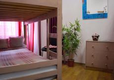 Moscow Home Hostel | Москва | М. Парк Культуры | парковка Четырехместный номер с общей ванной комнатой