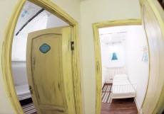 GOROD'Patriarshie | Москва | м. Баррикадная | Wi-Fi Двухместный номер с 2 отдельными кроватями и общей ванной комнатой