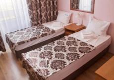 РОДНИК САНАТОРИЙ | Пятигорск | Полный пансион | Лечение включено Улучшенный двухместный (2 отдельные кровати, лечение включено)