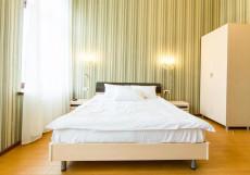 Inn 6 line | Санкт-Петерург | м. Василеостровская | Парковка | Двухместный номер с 1 кроватью или 2 отдельными кроватями
