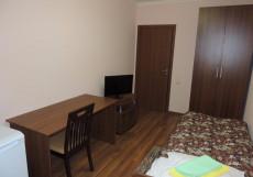 Сансет | Москва | м. Беляево | Wi-Fi Улучшенный одноместный номер с общей ванной комнатой и общей кухней