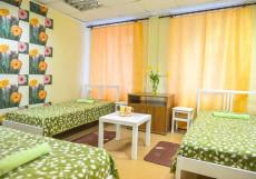 Панда | м. Серпуховская | Wi-Fi Трехместный номер эконом-класса с общей ванной комнатой
