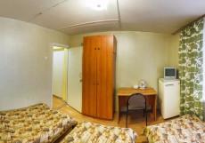 Авиатор   Казань   ресторан   частная парковка Односпальная кровать в общем номере