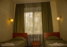 Альфа | Уфа | парковка | интернет Четырехместный номер эконом-класса с общей ванной комнатой