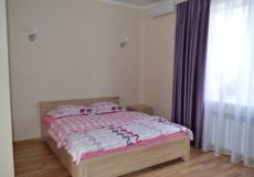 Бриз Северный | гостевой дом | Севастополь | Парковка Стандартный двухместный номер с видом на горы