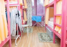 Хостел Рус-Академика Анохина   м.  Юго-Западная   Парковка Кровать в общем 6-местном номере для мужчин и женщин
