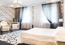 ГК Постоялый двор Русь | Серпухов | Парковка Двухместный номер-студио Делюкс с 1 кроватью