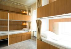 Макаров Хостел - Makarov Hostel | м. Новокузнецкая | м. Третьяковская Кровать в 4-местном номере для мужчин