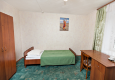 ГВАРДЕЙСКАЯ (г. Казань, деловой центр) Эконом одноместный в 3-м блоке с общим душем и санузлом