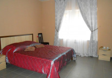 Мини-отель на Центральной 72 | Видное | Парковка Бюджетный двухместный номер с 1 кроватью или 2 отдельными кроватями