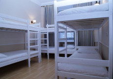 Stay Inn | м. Театральная | м. Охотный Ряд Кровать в 8-местном номере для мужчин