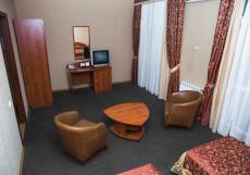 Сафари | Самара | Парковка Двухместный номер Делюкс с 1 кроватью или 2 отдельными кроватями