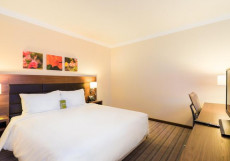 Hilton Garden Inn Красноярск Номер с кроватью размера