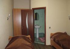 Аллан | г. Санкт-Петербург | м. Лиговский проспект | Парковка Двухместный номер с 2 отдельными кроватями и собственной ванной комнатой
