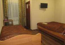 Аллан | г. Санкт-Петербург | м. Лиговский проспект | Парковка Бюджетный трехместный номер с собственной ванной комнатой