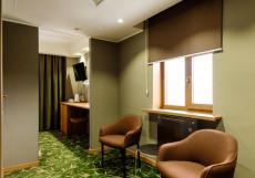 Верба   Хабаровск   Парковка Улучшенный двухместный номер с 1 кроватью или 2 отдельными кроватями