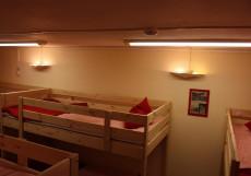 Лен Инн | м. Текстильщики | Парковка Кровать в общем 10-местном номере для мужчин