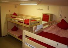 Лен Инн | м. Текстильщики | Парковка Кровать в общем 6-местном номере для мужчин и женщин