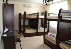 VividEcoHostel Сколково  Кровать в восьмиместном общем номере с гидромассажной ванной