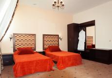 Эльбрус   Чебоксары   Парковка Улучшенный двухместный номер с 1 кроватью или 2 отдельными кроватями