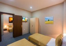 Рива | Riva Hotel | Баку | Парковка Cемейный номер с собственной ванной комнатой