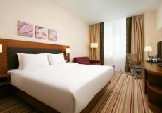 Hilton Garden Inn Volgograd | Хилтон Гарден Инн Волгоград | Парковка Семейный номер с кроватью размера