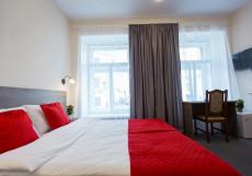 Арт-Отель Respublica | СПБ | центр города | Парковка | м. Невский проспект |  Улучшенный двухместный номер Делюкс с 1 кроватью или 2 отдельными кроватями